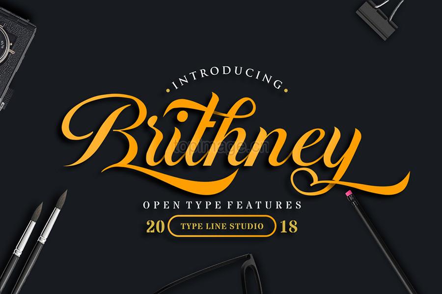 Brithney产品包装海报手写笔刷大气英文字体下载